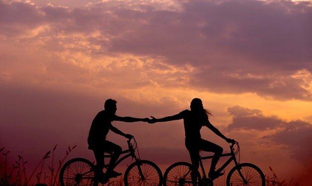 Masalah Yang Biasanya Terjadi Pada Hubungan Berbeda Umur